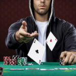 Áp dụng các phương pháp đặt cược khi chơi poker